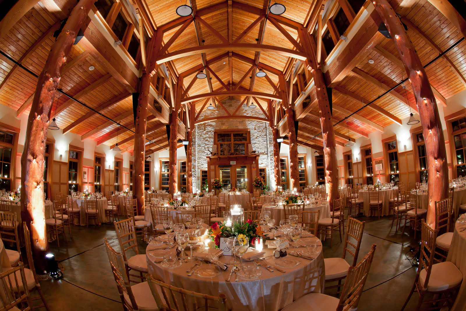 Rustic Milwaukee Wedding Venues