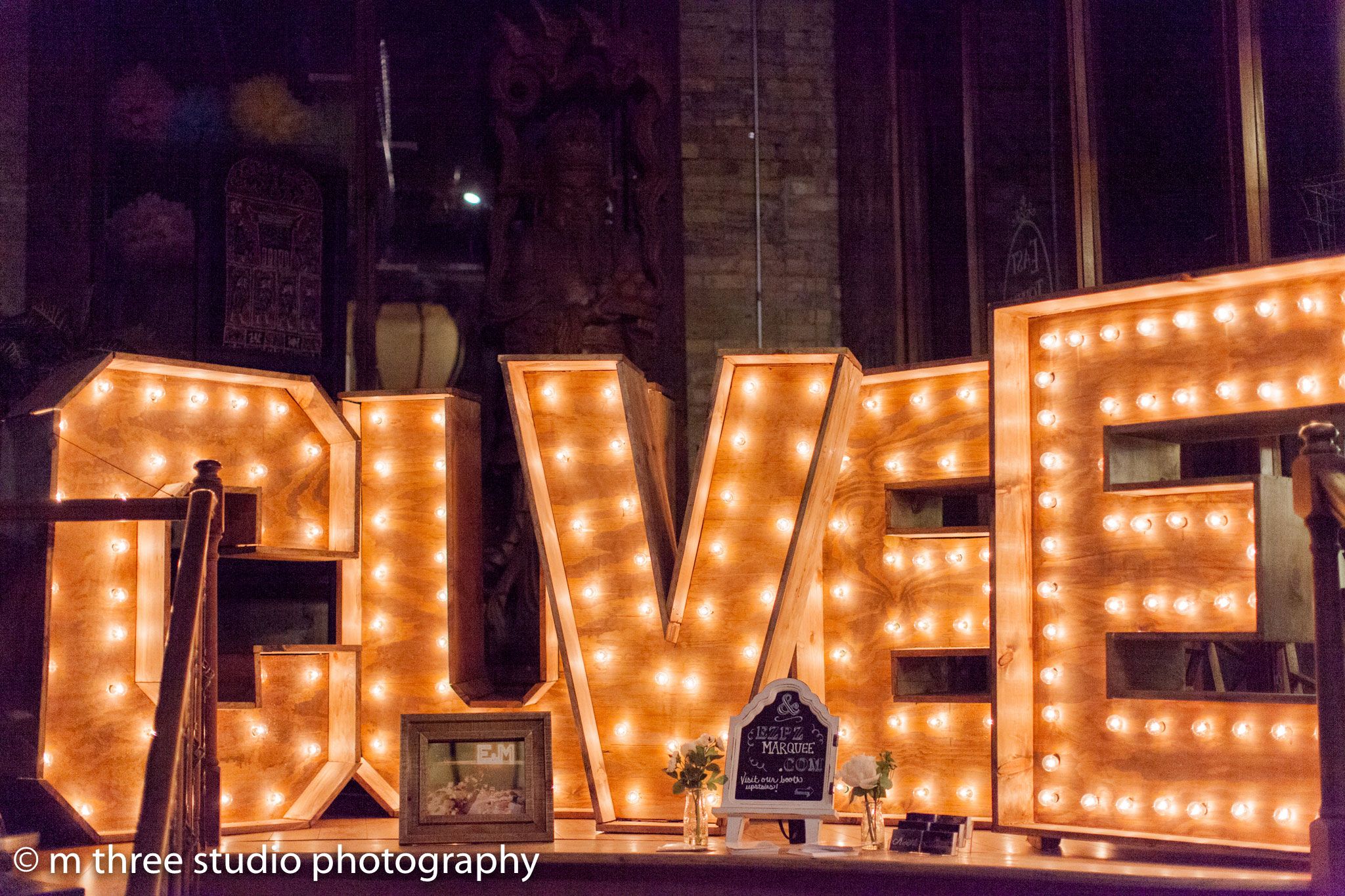 How to Choose & Book the Best Wedding Venue